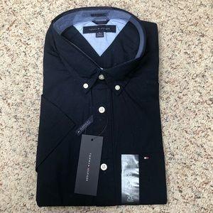 NWT Tommy Hilfiger Men's short-sleeve shirt